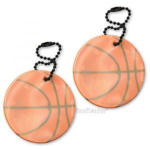 Basketball Reflektor-Anhänger für Sportler, Basketballspieler und sportbegeisterte Fußgänger und Radfahrer. Können leicht an Sporttasche, Rucksack, Sportkleidung und Reißverschlüssen jeder Art befestigt werden.