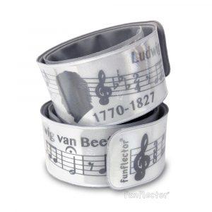 Beethoven Snap Reflektorband. Gut geeignet für musikalische Radfahrer, Jogger und Fußgänger, sowie alle Musikliebhaber und Musiker. Sicherheitsreflektoren können bequem an Armen und Beinen getragen werden.